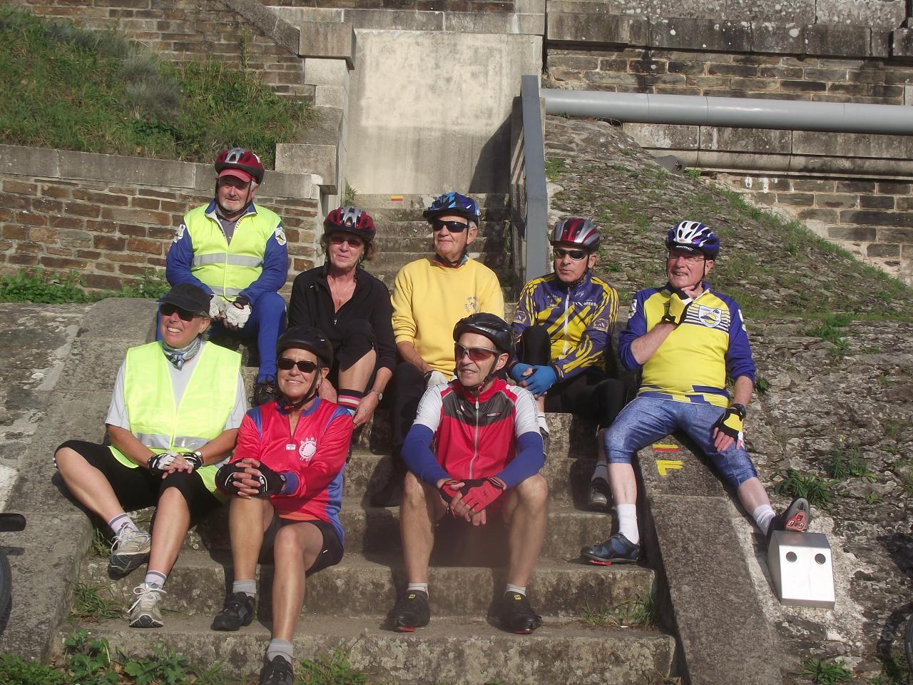 au pied du pont de Mauves-sur-Loire