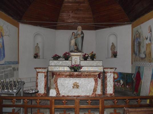 11 lieux saints autel