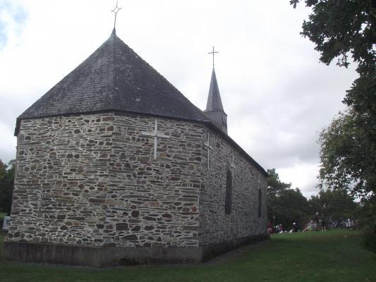 12 lieux saints chevet