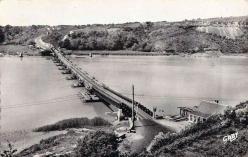 Pont de bateaux sur la vilaine